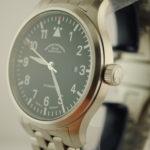 muhle-glashutte-terrasport-44-black-dial-bracelet-3